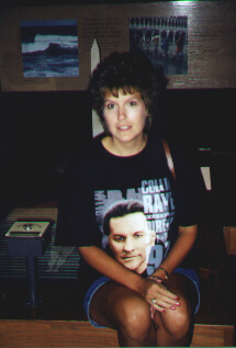 picture of Sandra in Collin Raye T-shirt